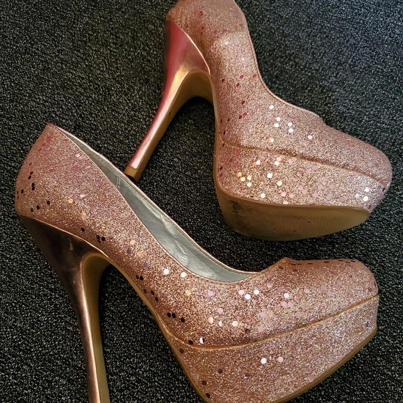 Qupid Shoes - Sequin Pink Stiletto